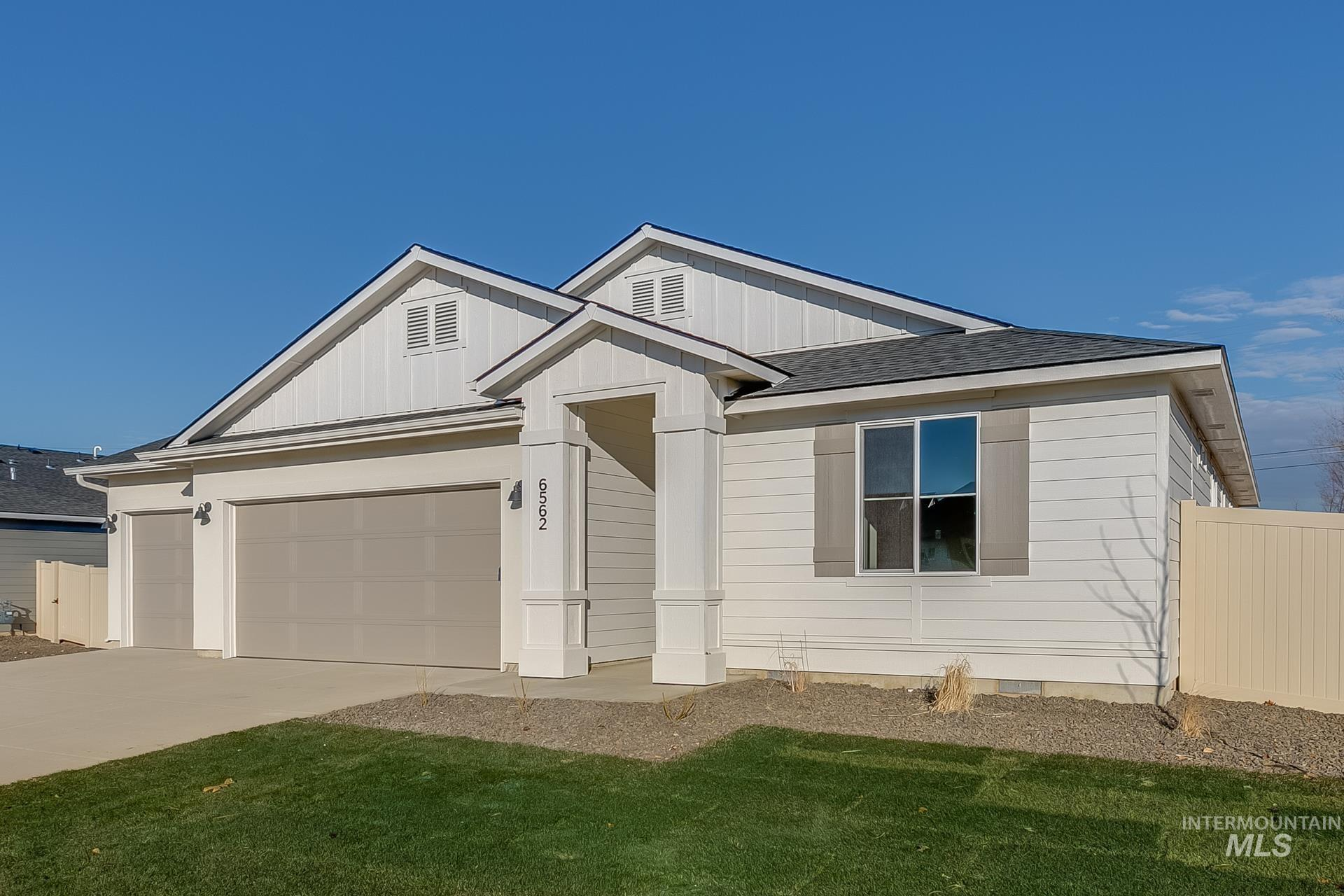 1344 W Pendulum Cove Dr Property Photo - Kuna, ID real estate listing