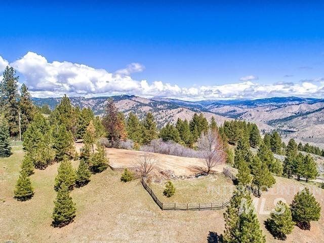210 Evergreen Drive Property Photo