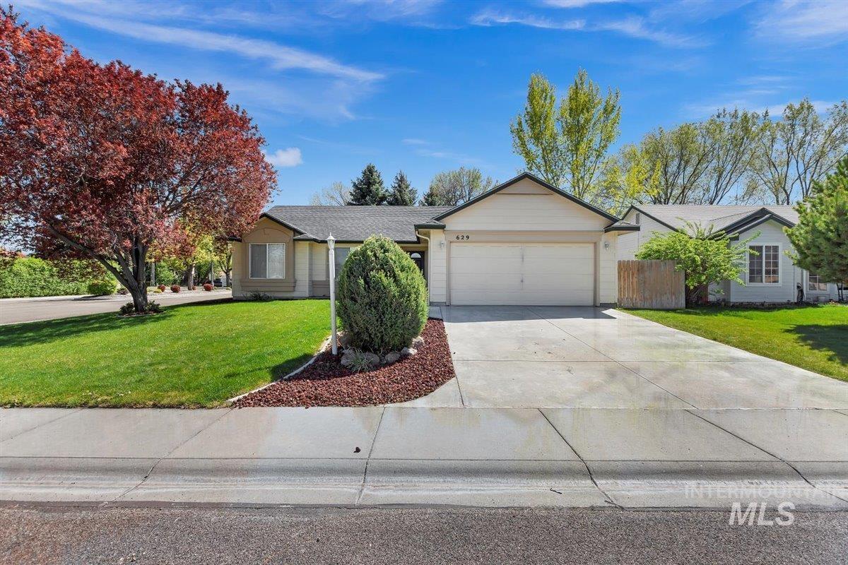 Lake Grove Sub Real Estate Listings Main Image