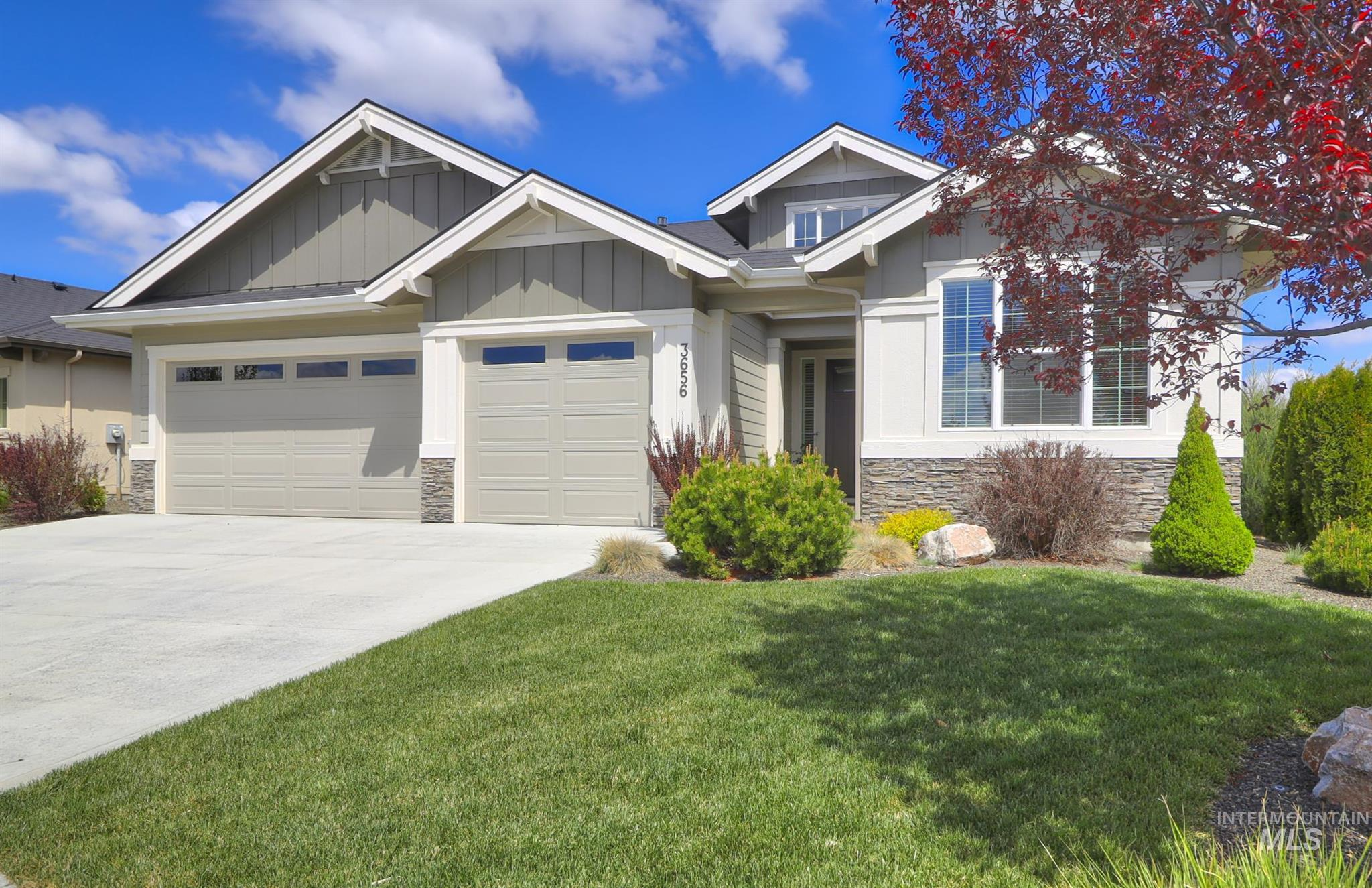 3656 W Star Hollow Dr Property Photo - Meridian, ID real estate listing