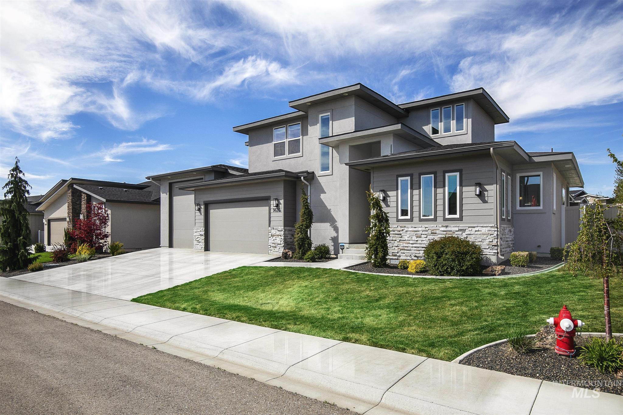9620 W Snowcap Dr Property Photo - Boise, ID real estate listing