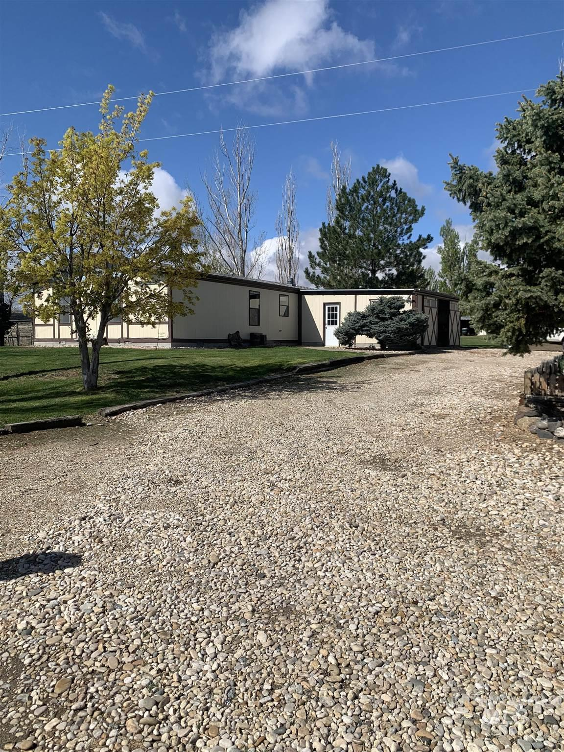 20803 Highway 78 Property Photo - Murphy, ID real estate listing