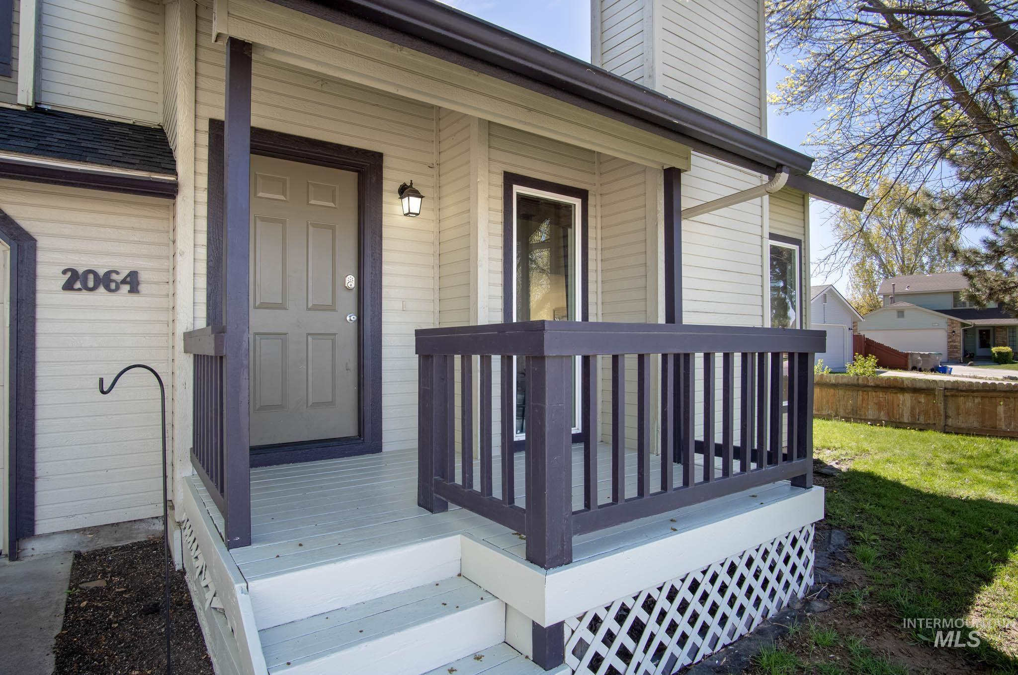 2064 N Currant Pl. Property Photo - Boise, ID real estate listing