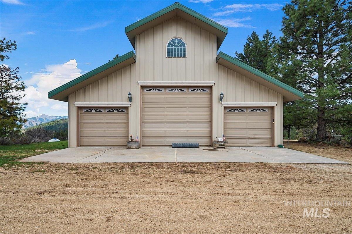 East Boise County- 1450 Real Estate Listings Main Image