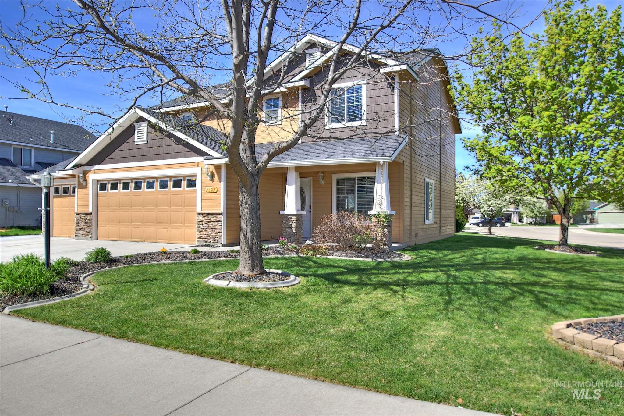 7197 S Shadowmoss Ave Property Photo - Boise, ID real estate listing
