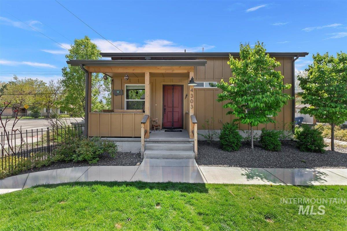 4303 Adams St Property Photo - Garden City, ID real estate listing