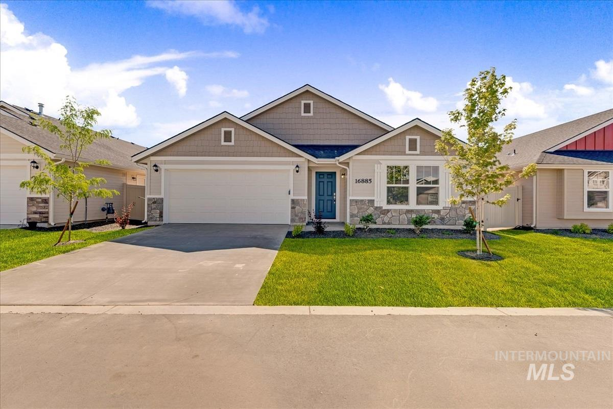 17032 N Thomas Paine Way Property Photo - Nampa, ID real estate listing
