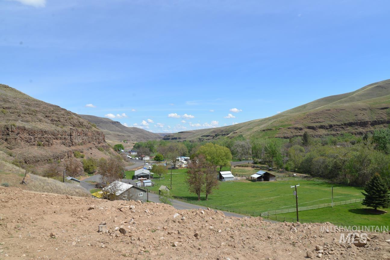 4920 Asotin Creek Road Property Photo