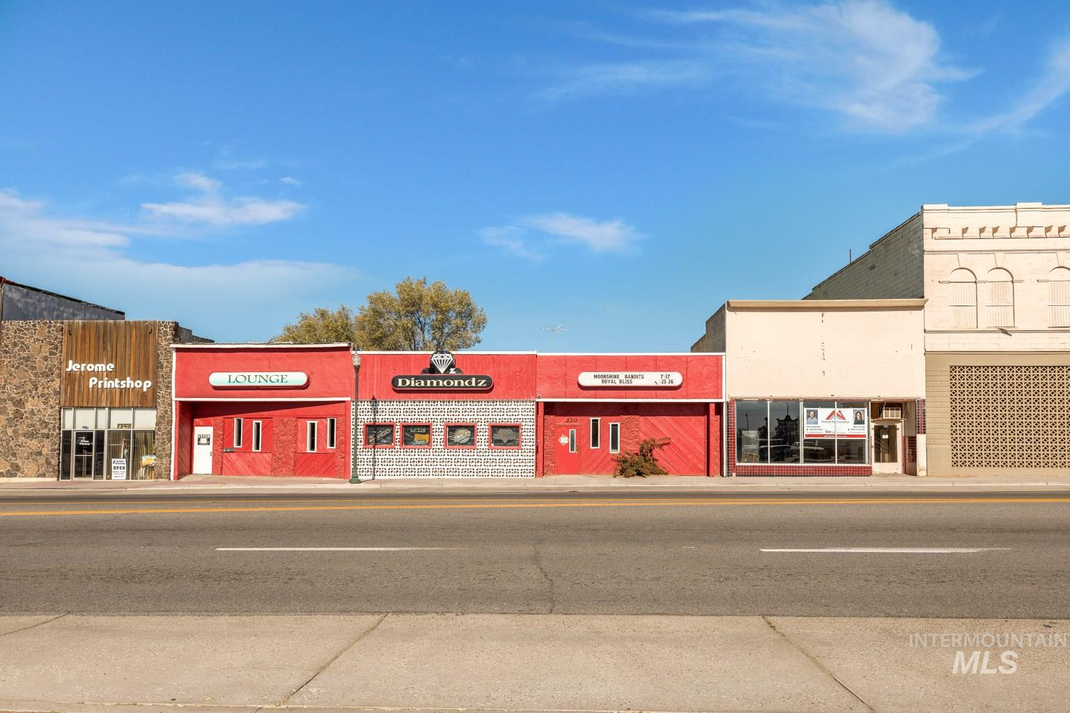 214 and 220 W Main Property Photo - Jerome, ID real estate listing