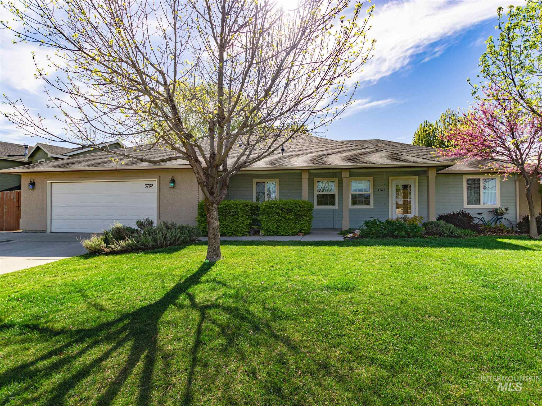 3762 N Twin Eagles Way Property Photo - Meridian, ID real estate listing