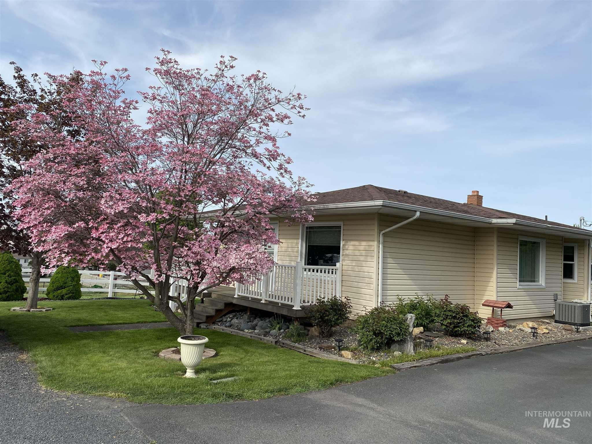 3115 4th St E Property Photo - Lewiston, ID real estate listing