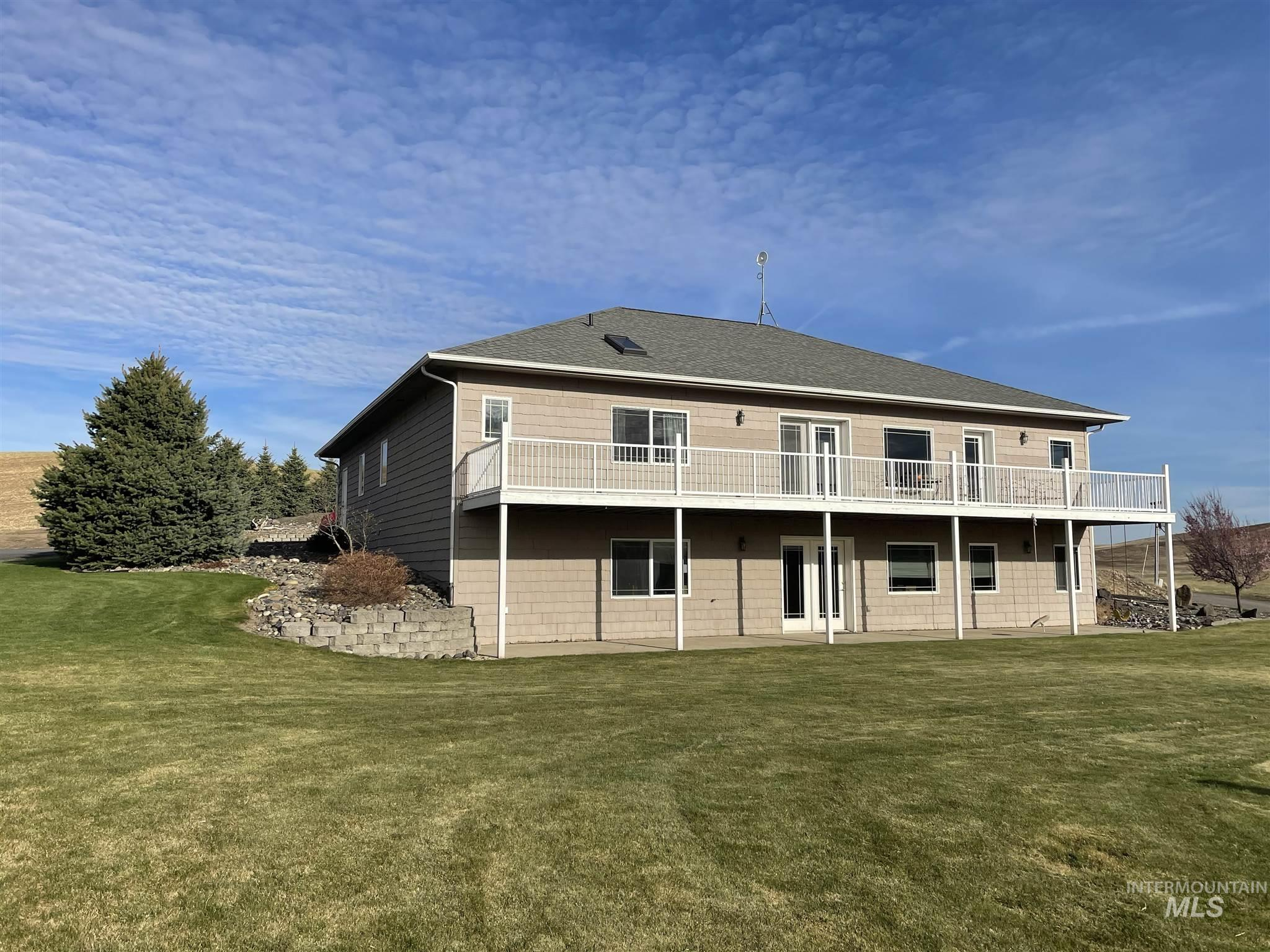 17725 Morscheck Road Property Photo - Genesee, ID real estate listing