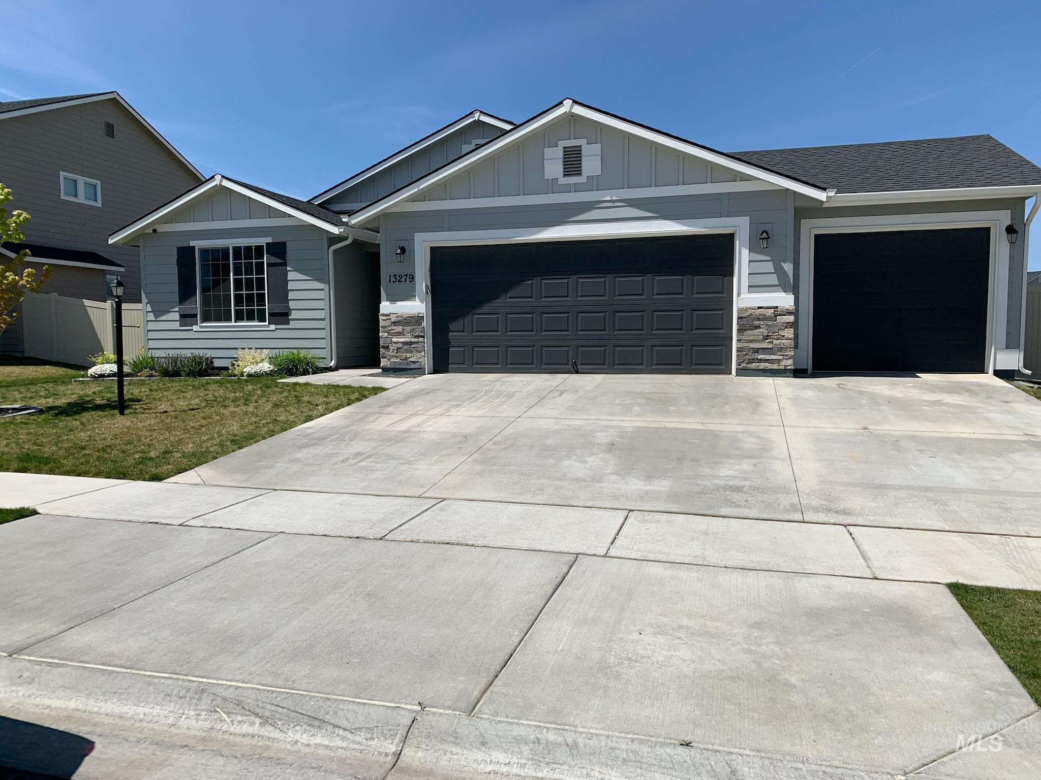 13279 S Pine River Property Photo - Nampa, ID real estate listing