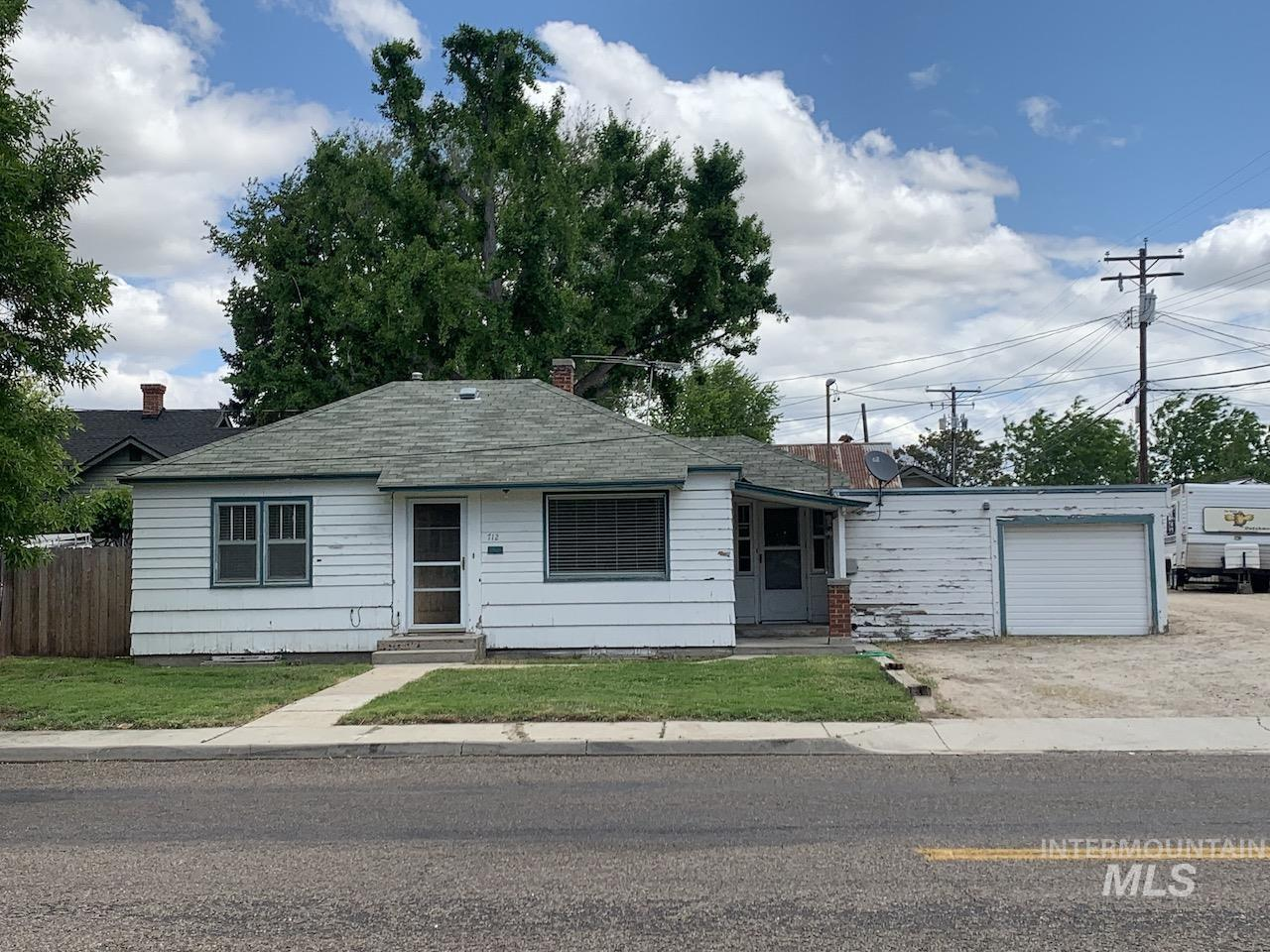 712 7th Street S Property Photo - Nampa, ID real estate listing