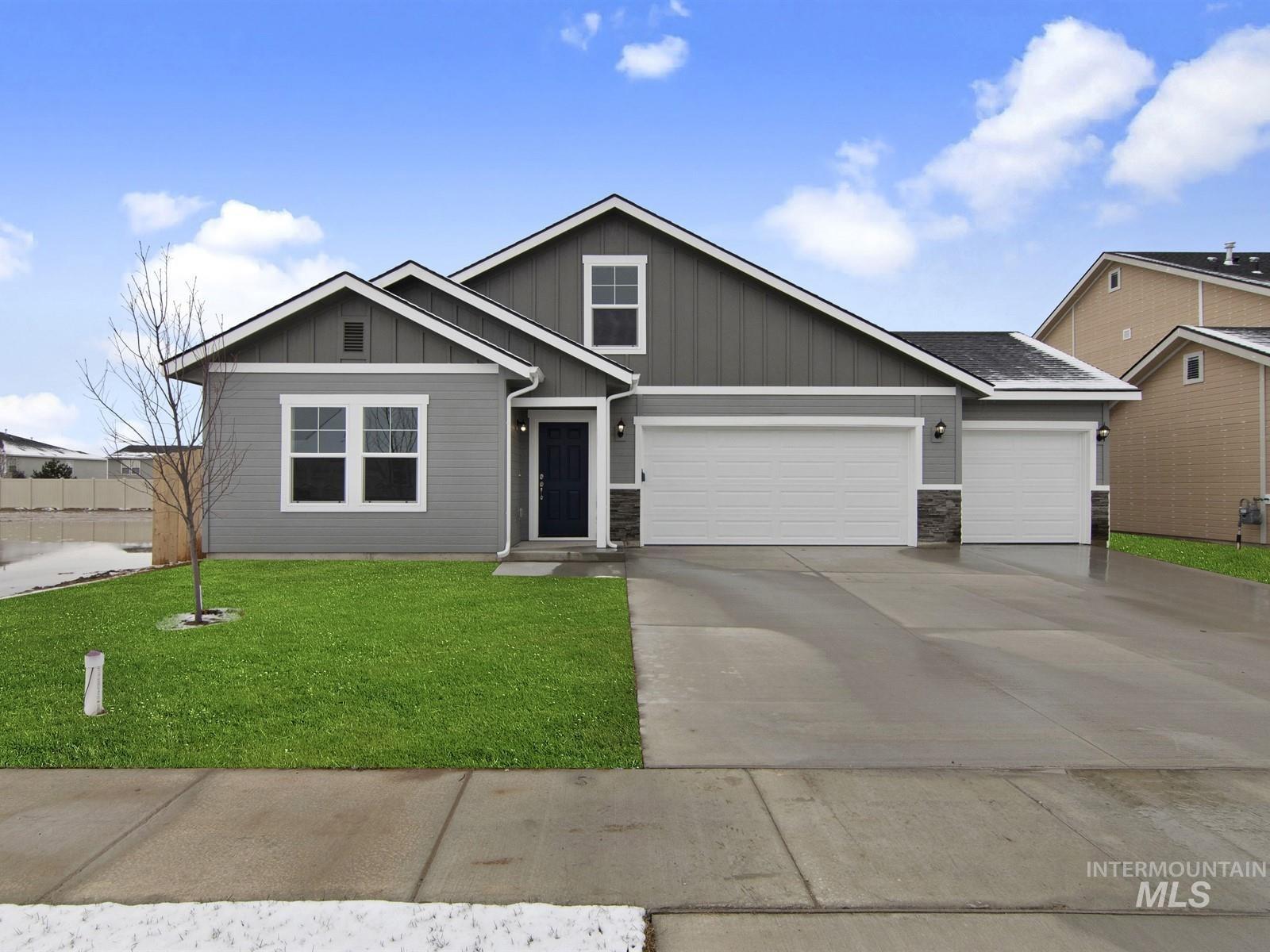 2328 Mariner Ave Property Photo - Middleton, ID real estate listing