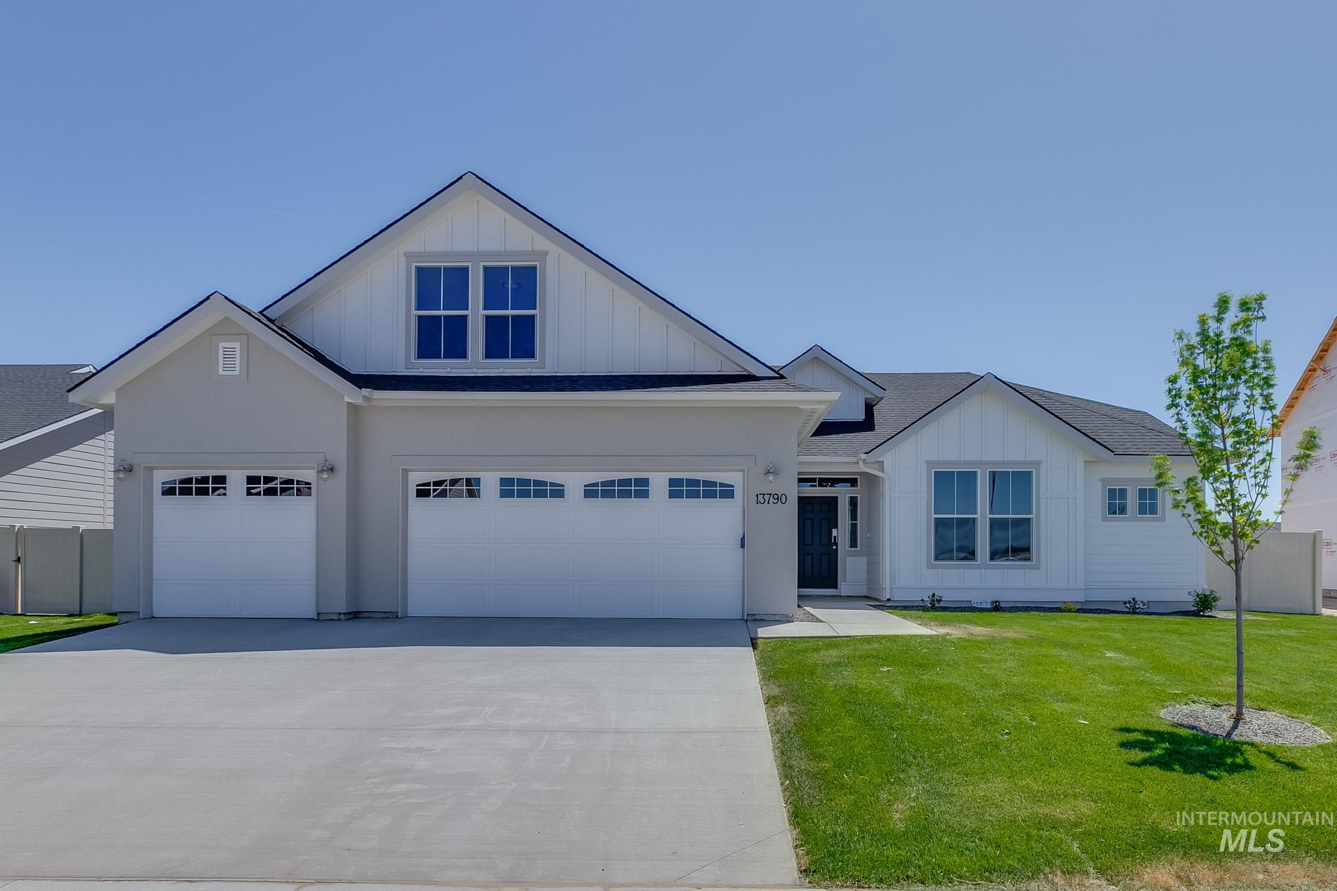 13665 S Baroque Ave Property Photo - Nampa, ID real estate listing