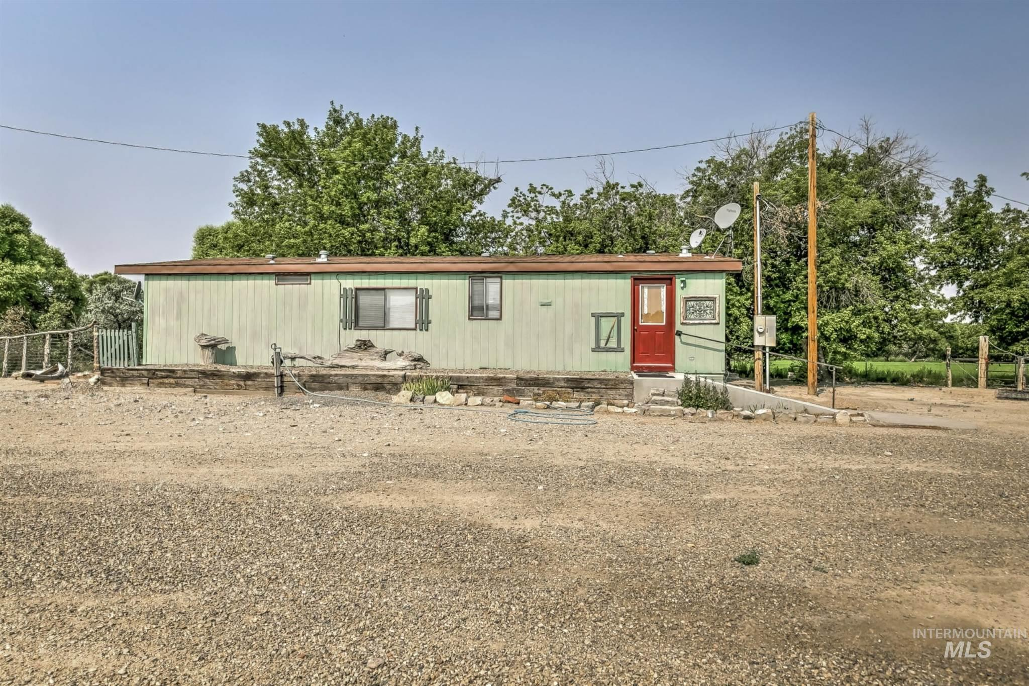 20726 Oreana Loop Rd Property Photo 29
