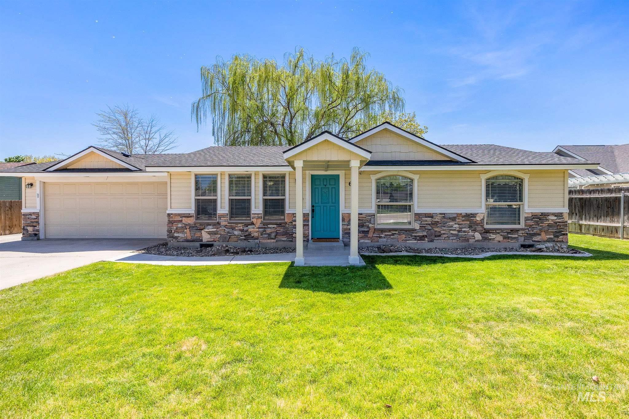621 W Oak St Property Photo - Caldwell, ID real estate listing