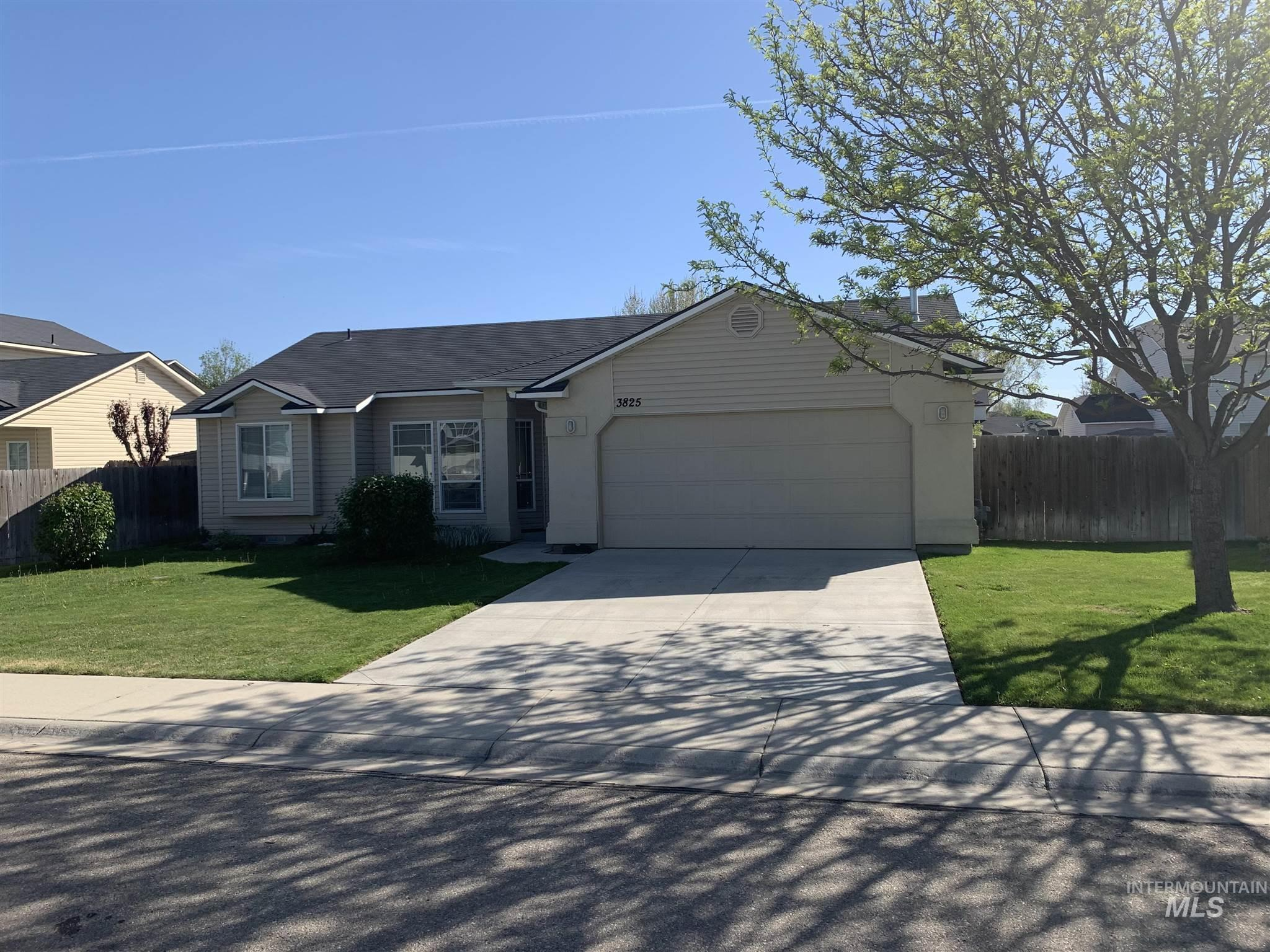 3825 S Clear Springs Dr Property Photo - Nampa, ID real estate listing