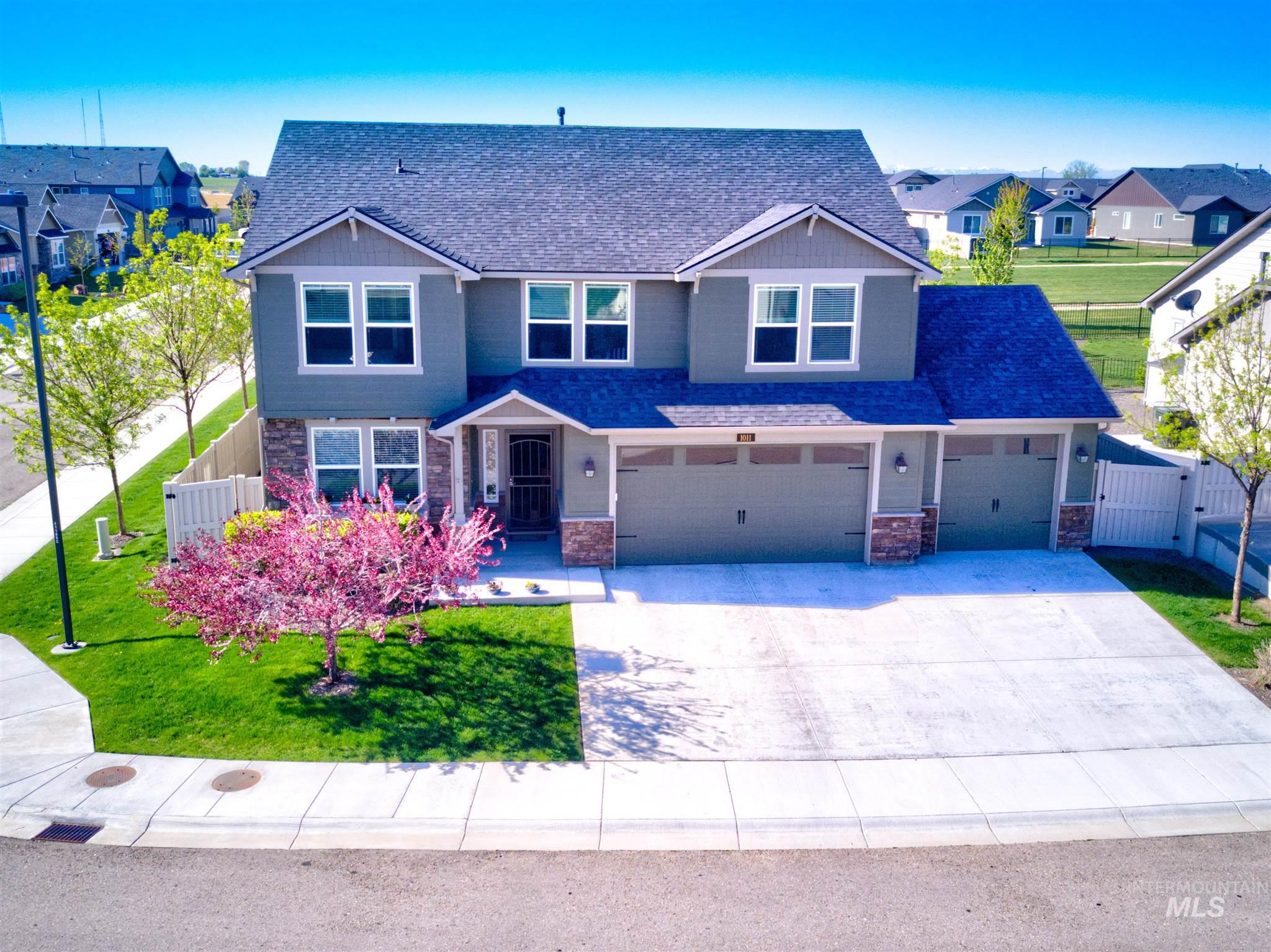 1011 W Riodosa Drive Property Photo - Meridian, ID real estate listing