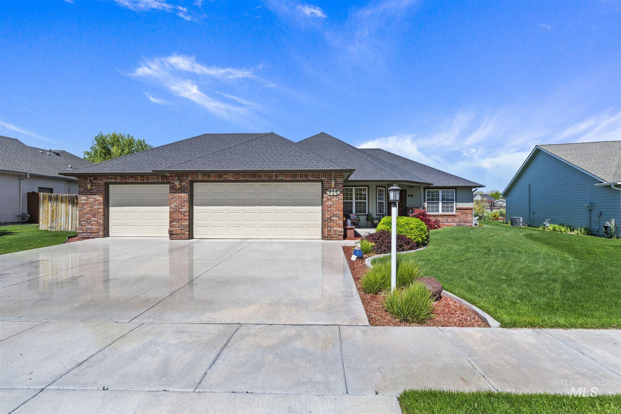 918 Muirfield Ln Property Photo - Nampa, ID real estate listing