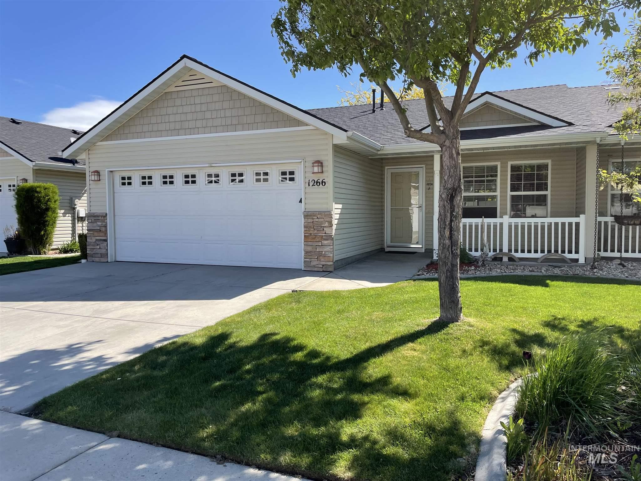 1266 N Alvey Lane Property Photo - Meridian, ID real estate listing