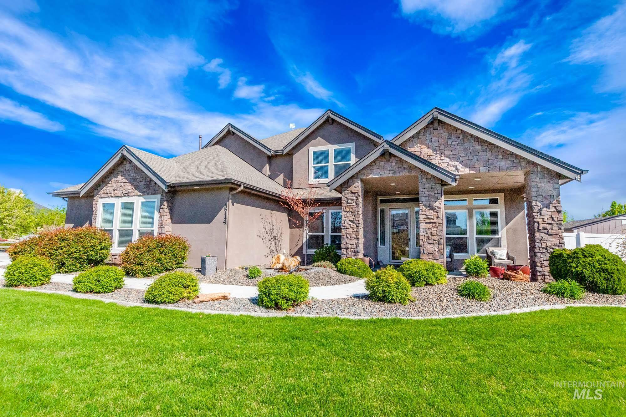 5714 W Willowtree Property Photo