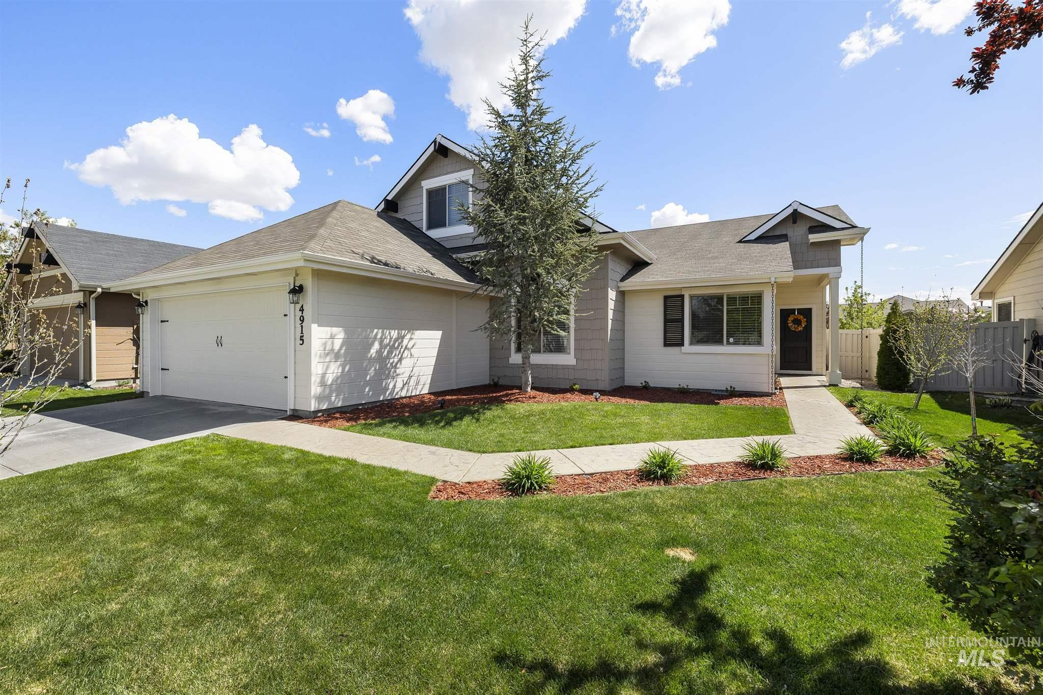 4915 W Astonte St Property Photo - Meridian, ID real estate listing