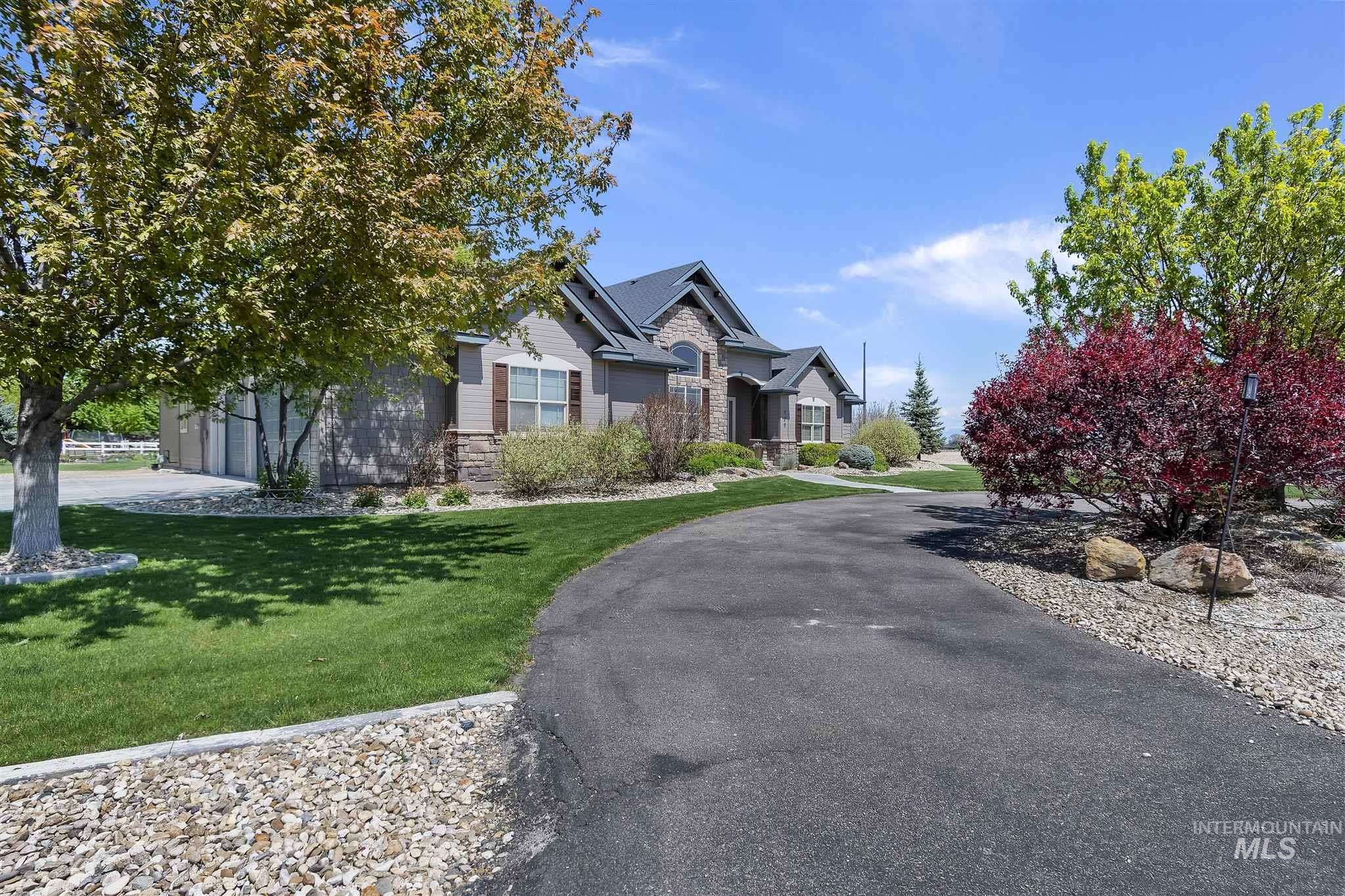 720 E Fujii Drive Property Photo - Nampa, ID real estate listing