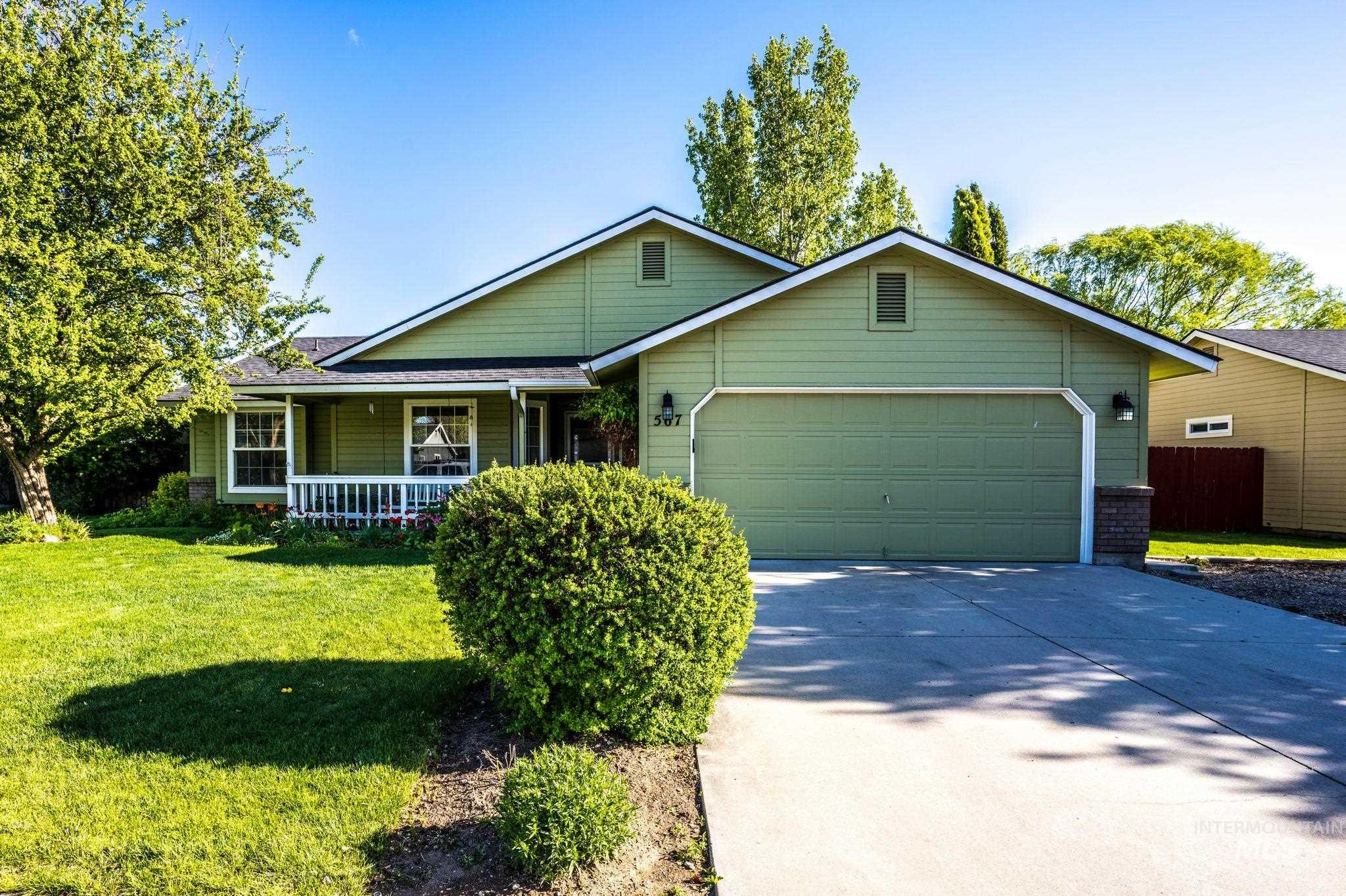 567 E Brown Bear Property Photo - Meridian, ID real estate listing