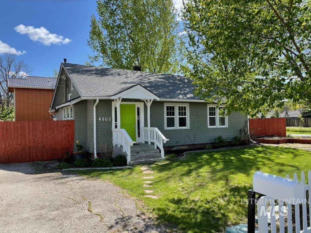 4803 W Alamosa St Property Photo - Boise, ID real estate listing