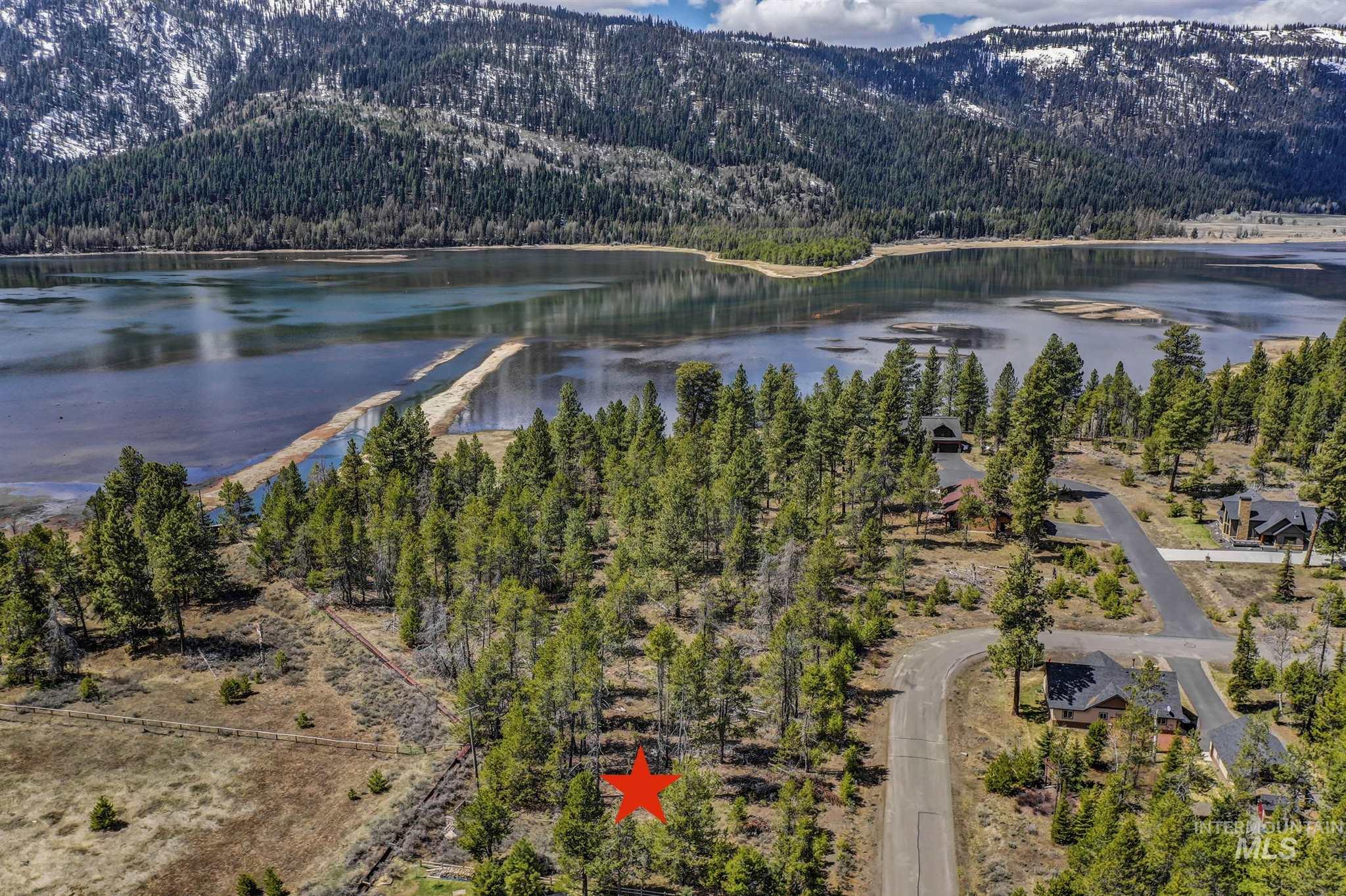 13079 Crane Shore Way Property Photo - Donnelly, ID real estate listing