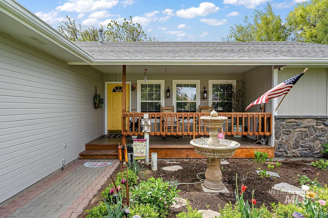 7071 Birch Ln Property Photo