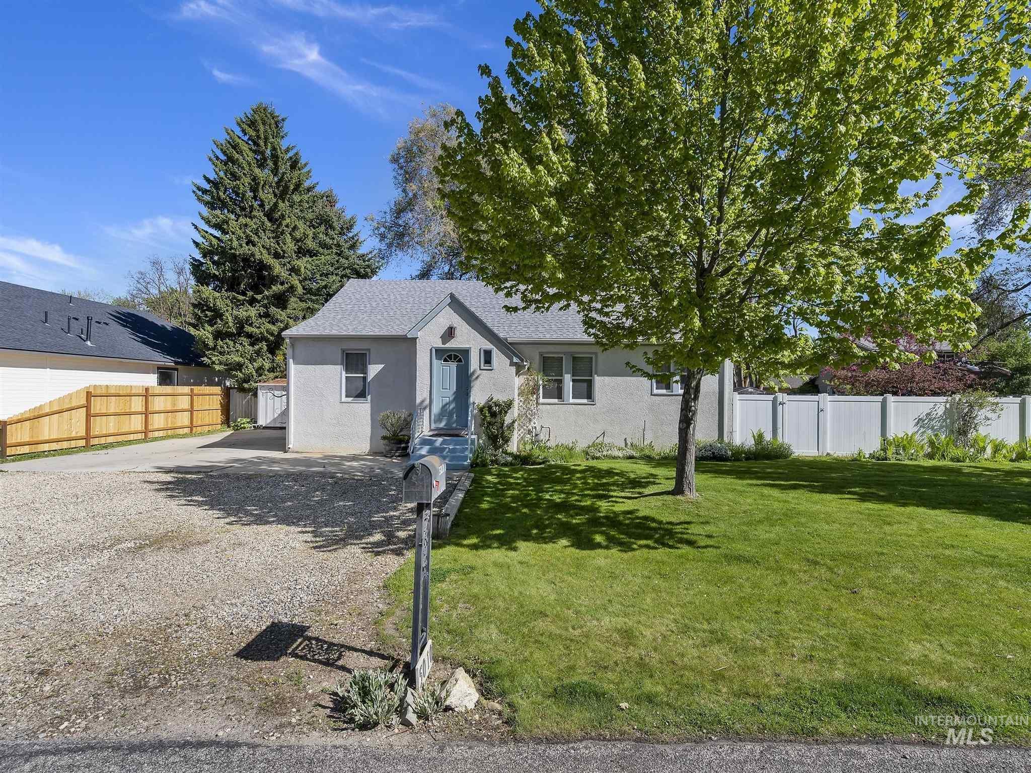 5010 W Alamosa Property Photo - Boise, ID real estate listing
