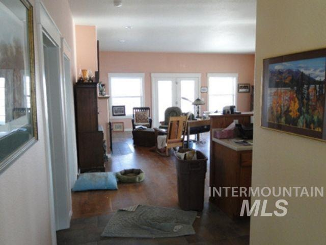 1015 White Pine Flats Property Photo 6