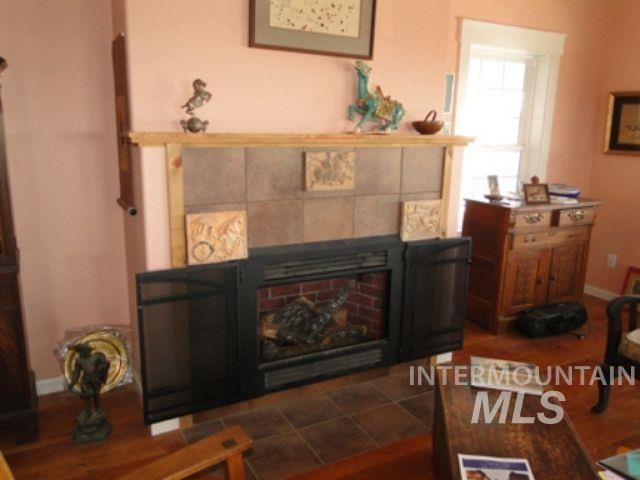 1015 White Pine Flats Property Photo 14