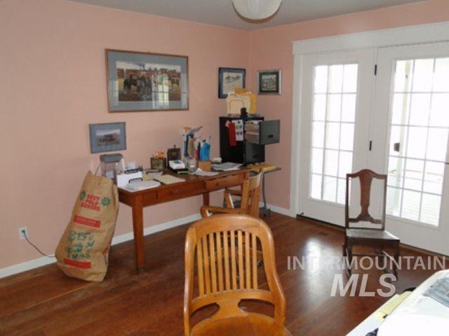 1015 White Pine Flats Property Photo 16