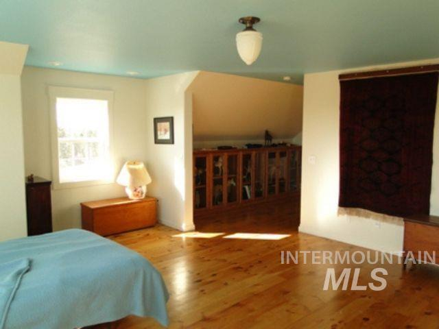 1015 White Pine Flats Property Photo 20