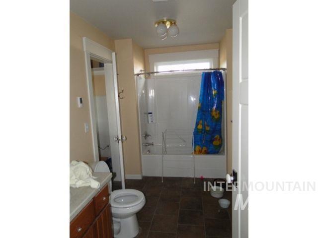 1015 White Pine Flats Property Photo 24