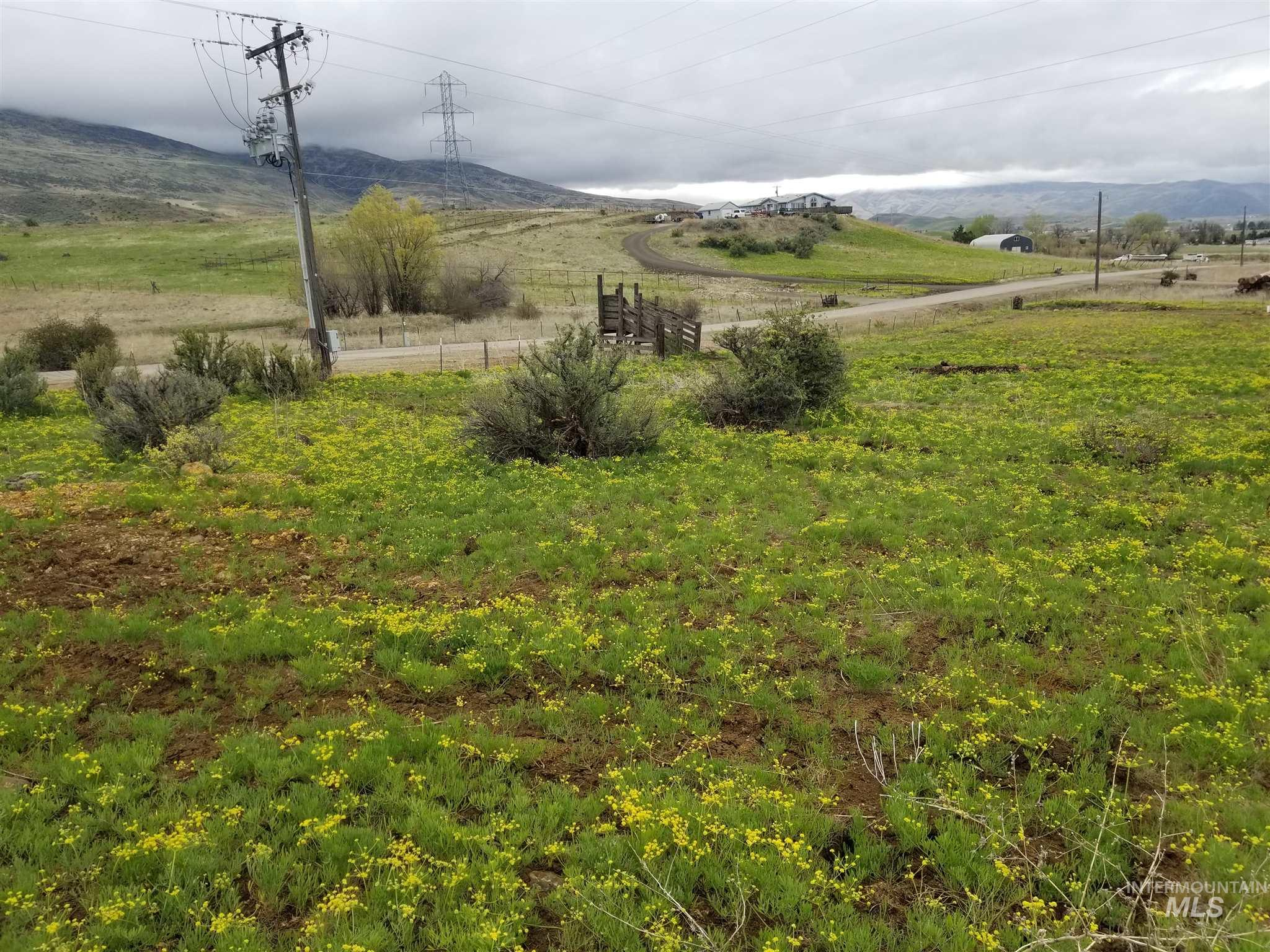 9455 Liberty Road Property Photo - Sweet, ID real estate listing