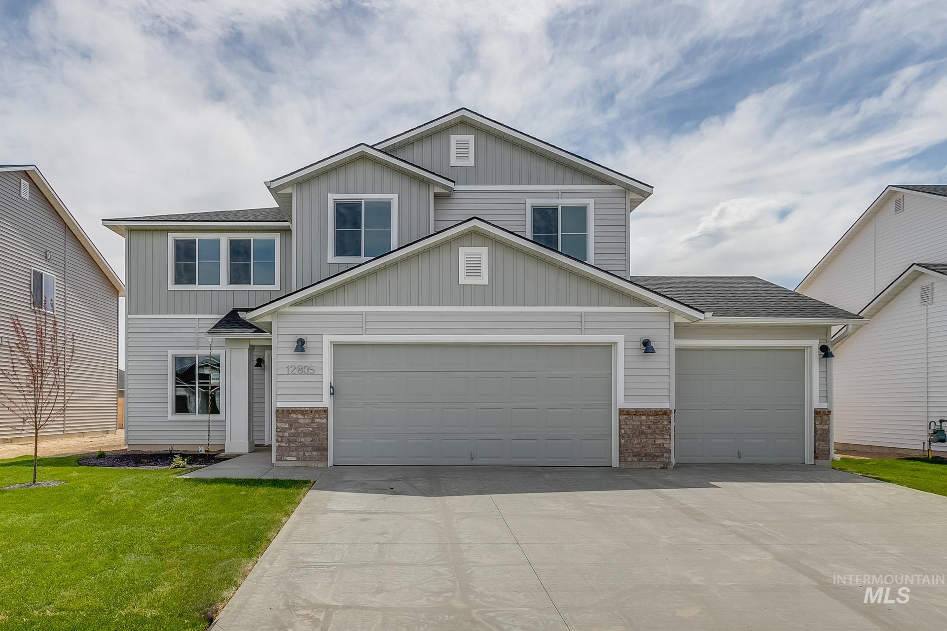 1700 SW Gabar Ct Property Photo - Mountain Home, ID real estate listing