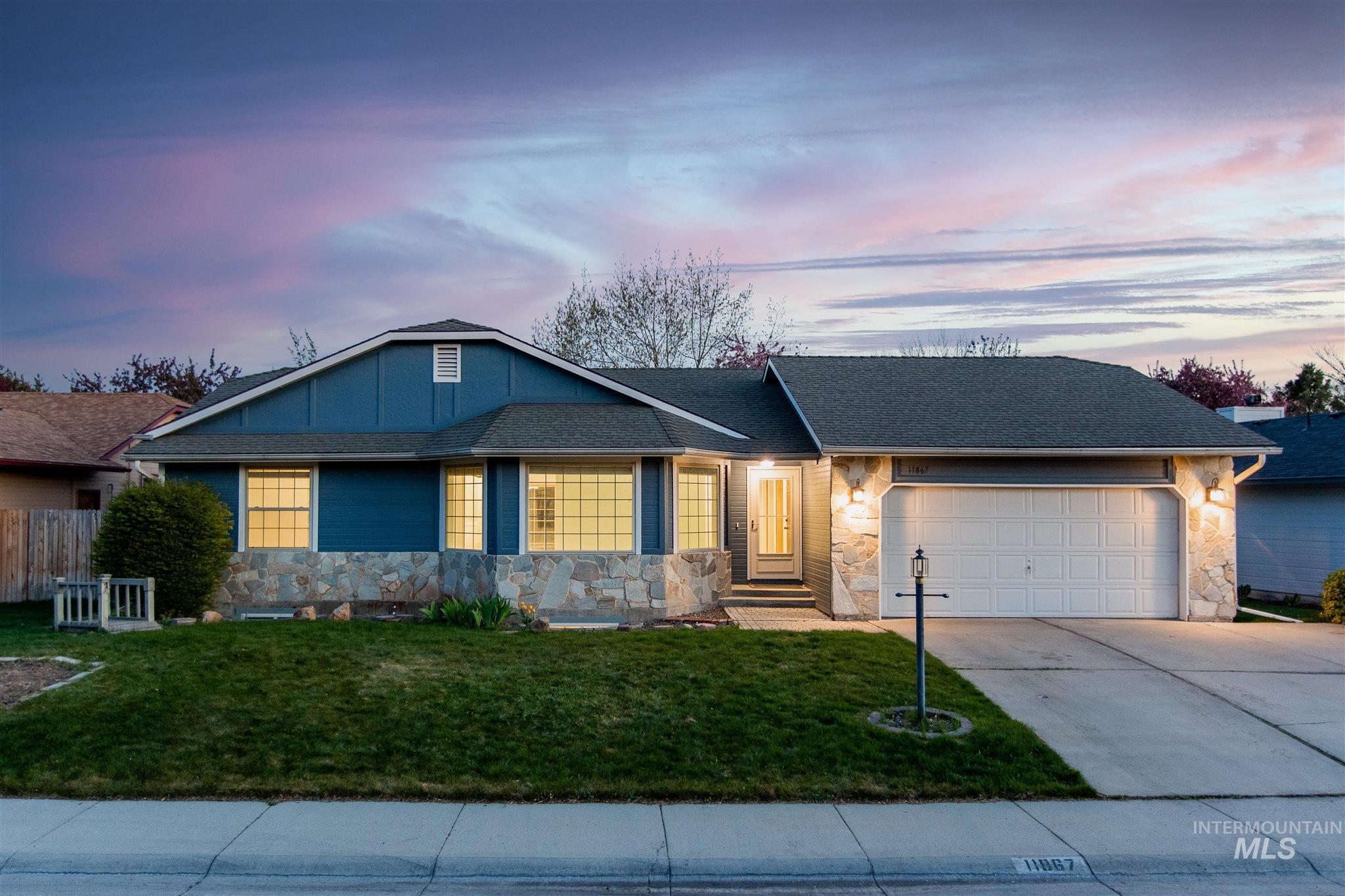 11867 W Flintlock Dr Property Photo - Boise, ID real estate listing