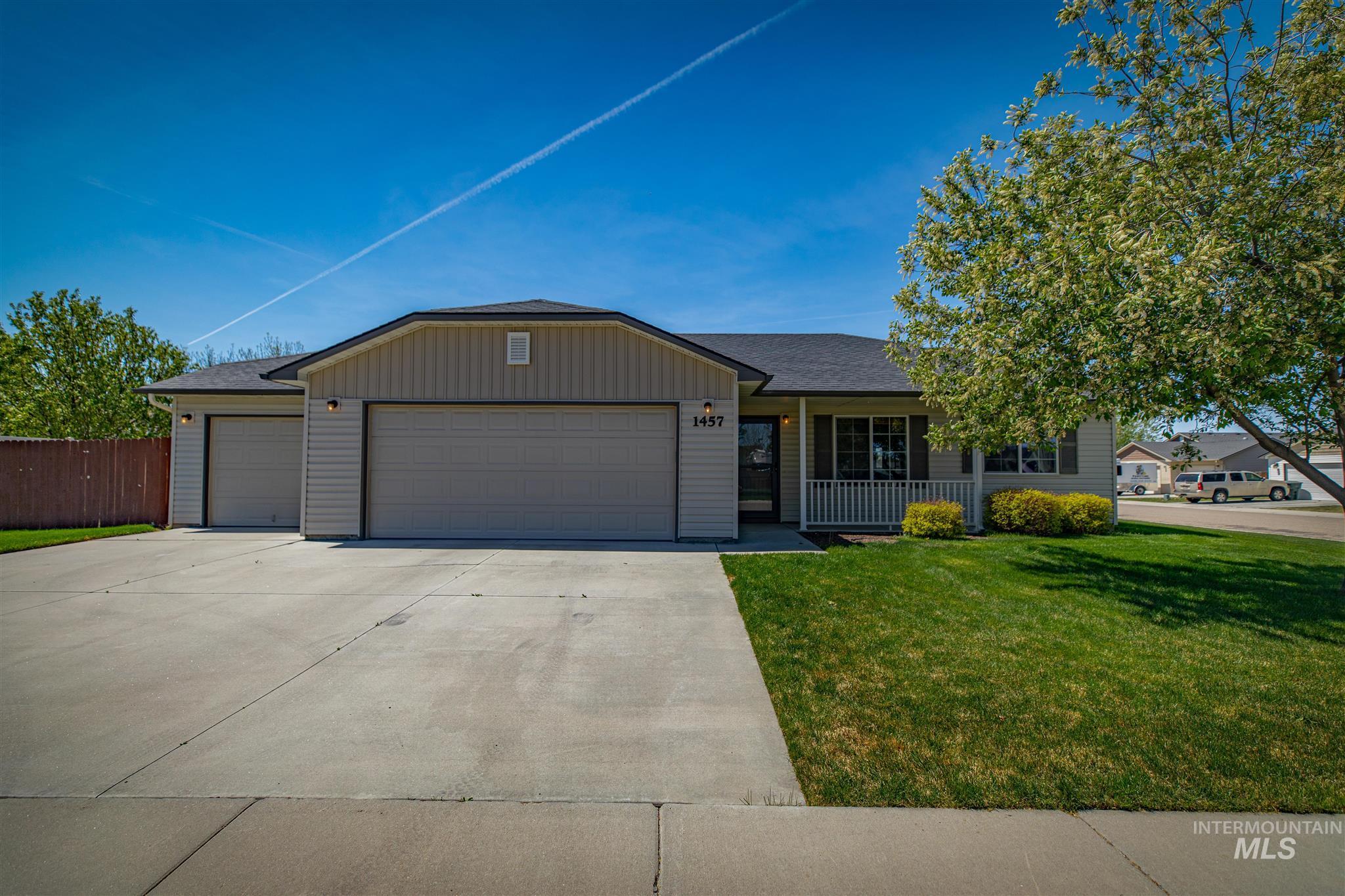 1457 S Woodmaste Property Photo - Kuna, ID real estate listing