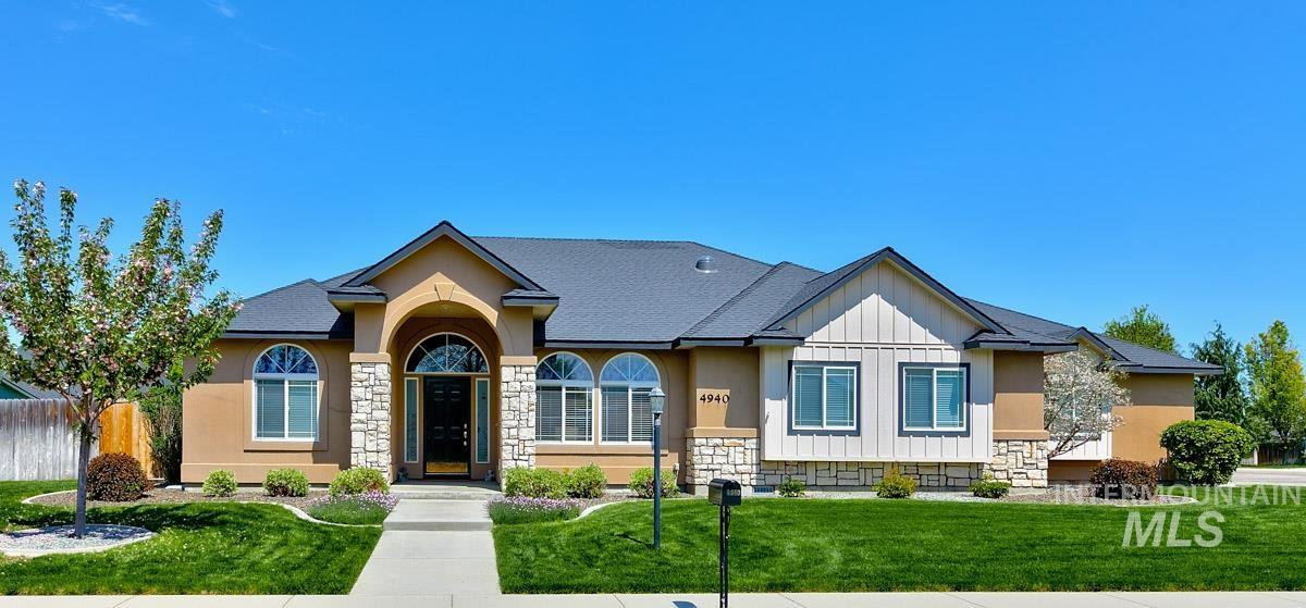 4940 W TALAMORE Property Photo - Meridian, ID real estate listing