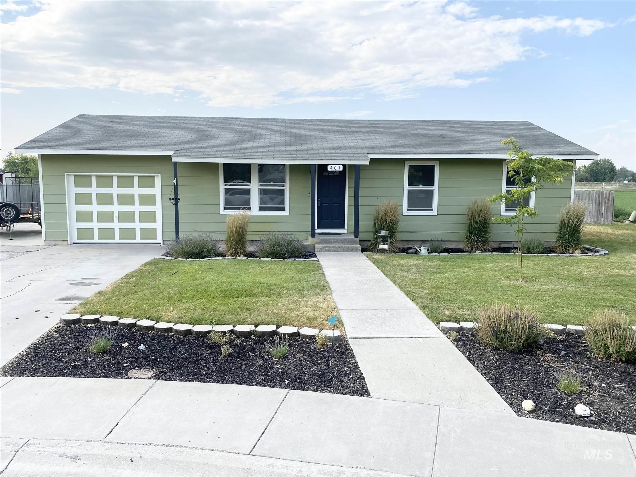 401 S Maple Circle Property Photo