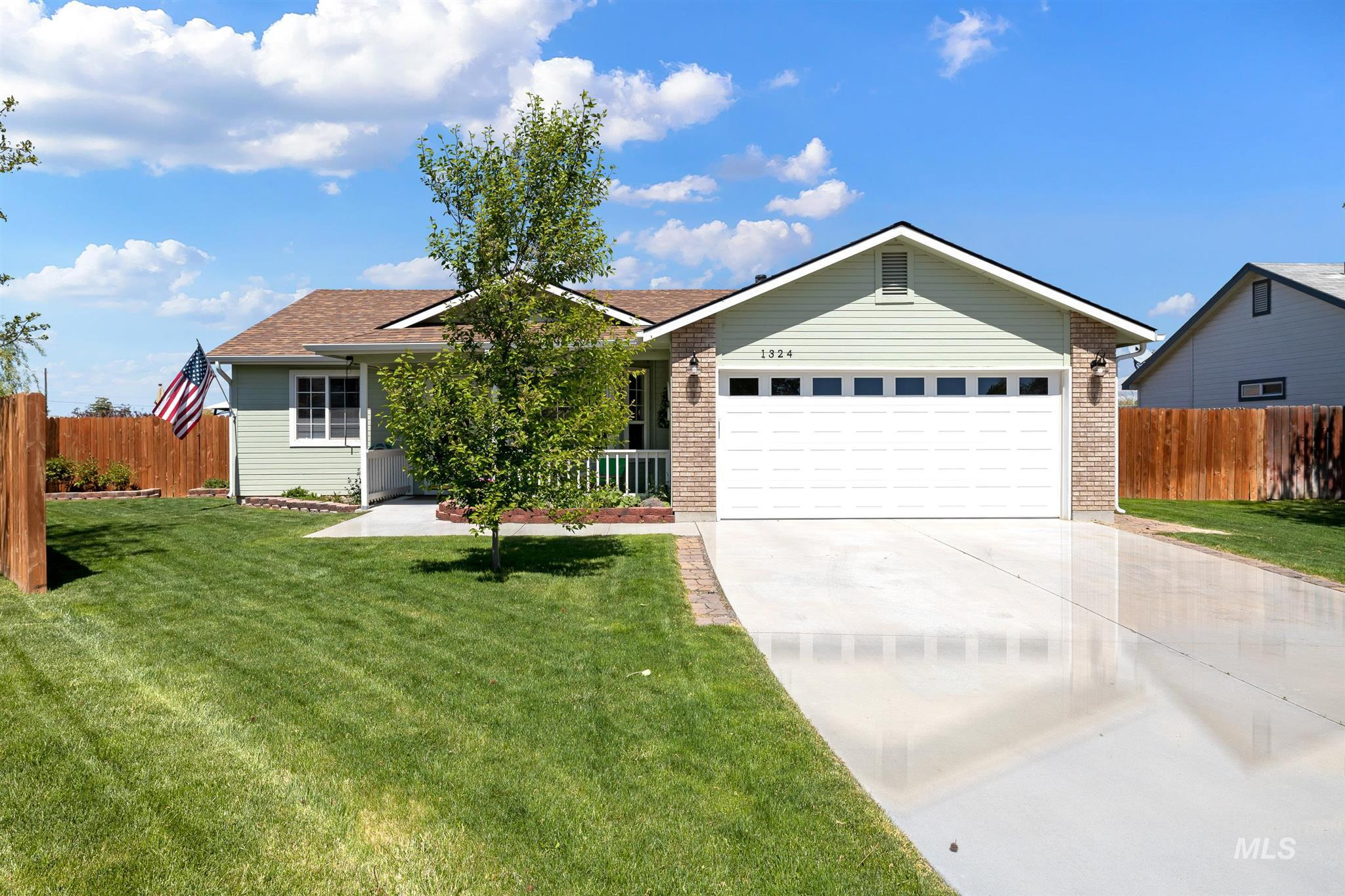1324 W ASH PL Property Photo - Kuna, ID real estate listing