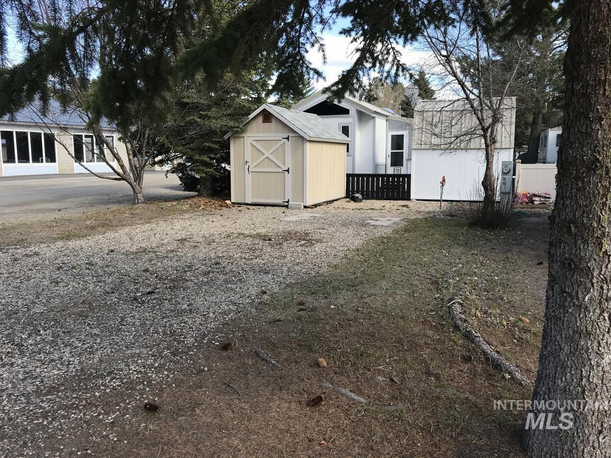15 B Street Property Photo - Cascade, ID real estate listing