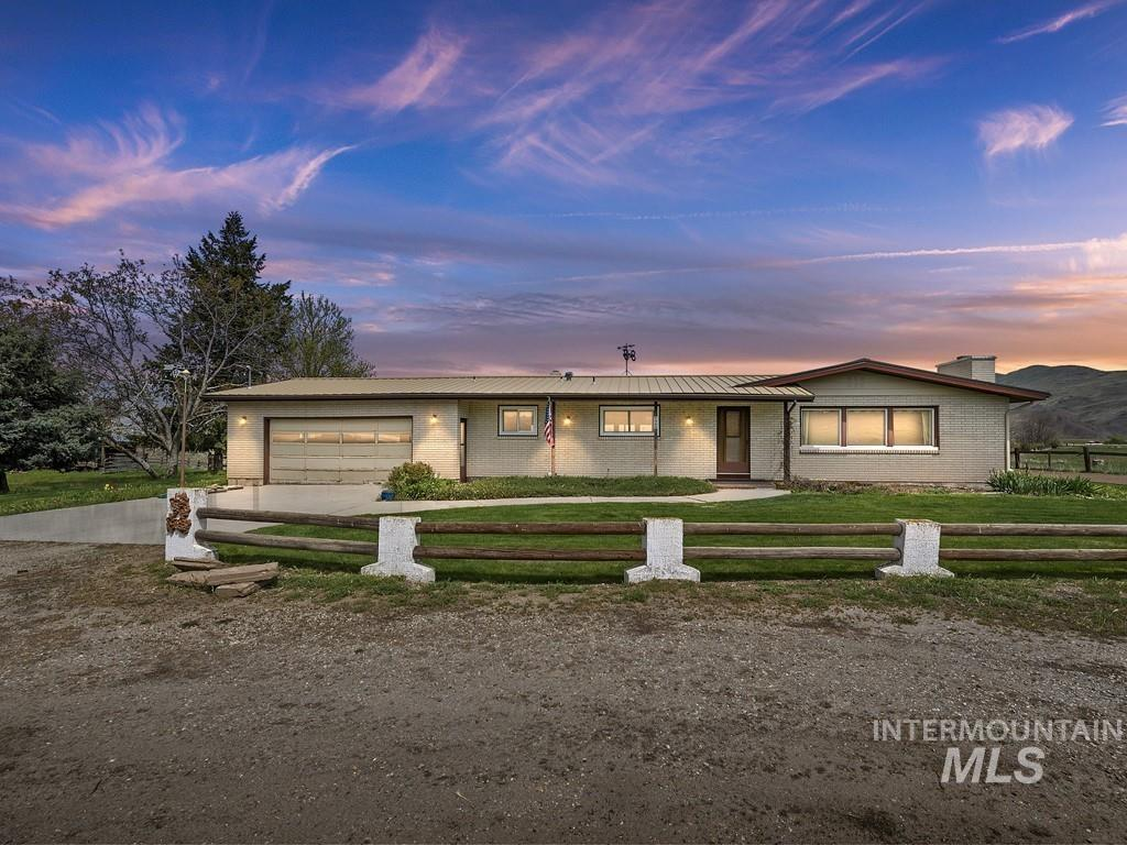 9880 Montour Main St Property Photo - Emmett, ID real estate listing
