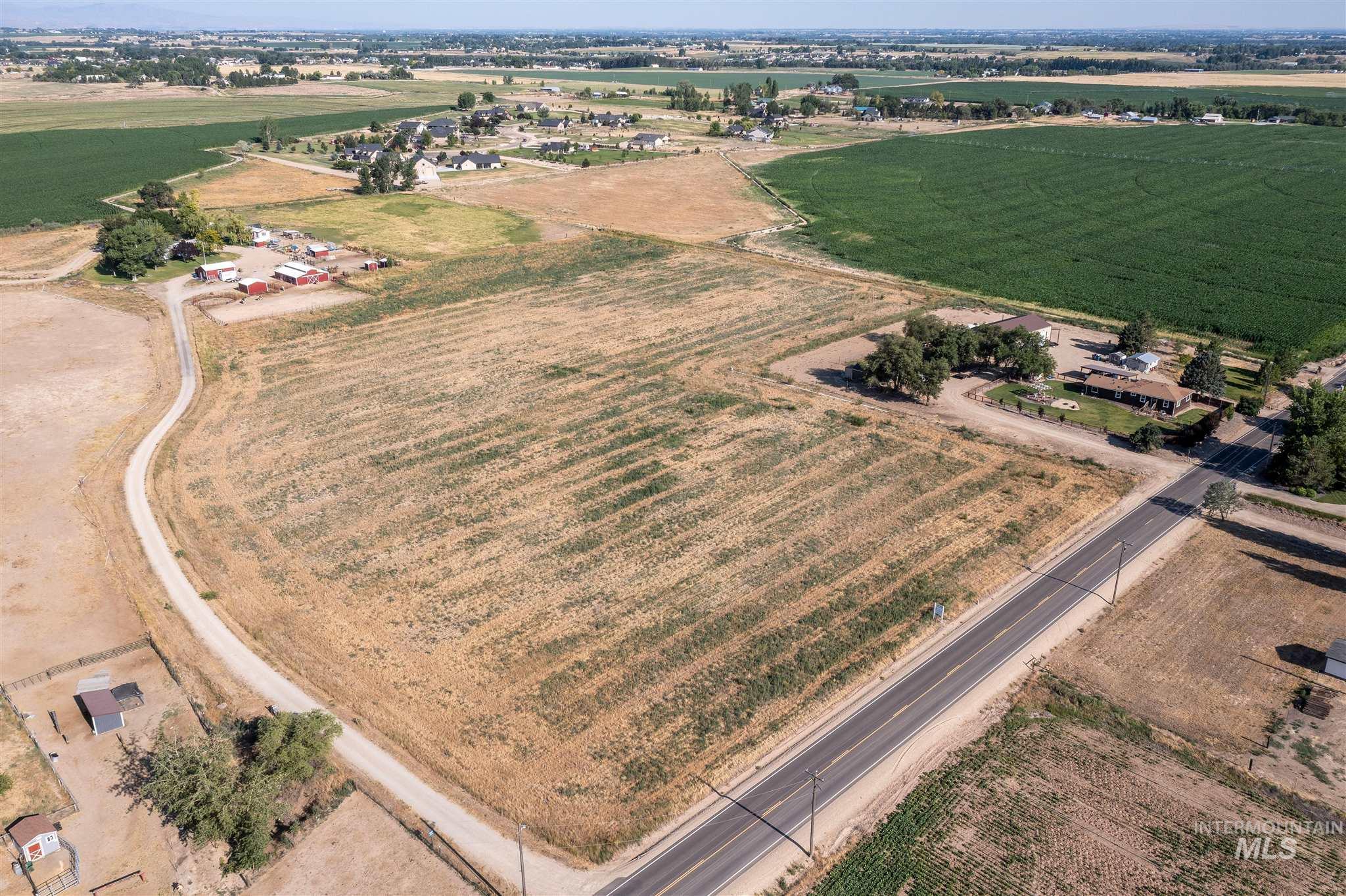 26550 Middleton Property Photo