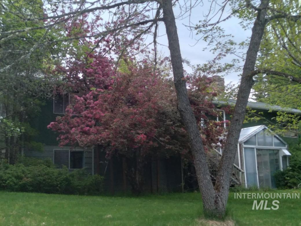 127 Crane Hill Rd Property Photo
